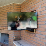 40 inch Sony fully extended for view from pool